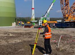 Ingenieurvermessung an Windkraftanlagen nahe Lehnin