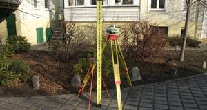 digitales Nivellier Leica DNA03 geprüft für eine Messung in Heidesee